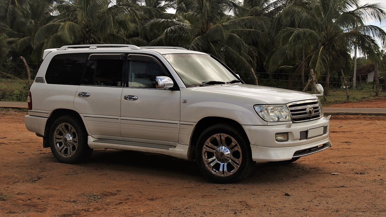 Used Toyota Land Cruiser in United Arab Emirates, UAE, Abu Dhabi, Dubai, Sharjah and other parts of UAE
